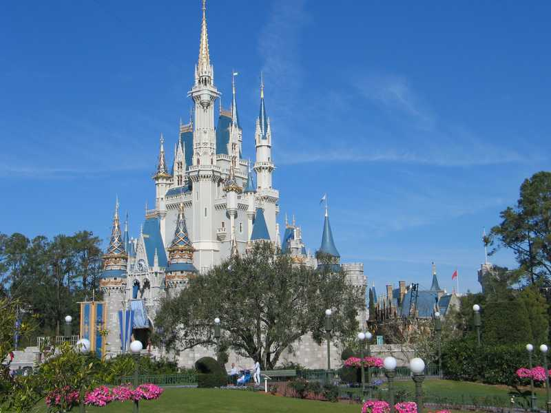 disney-magic-kingdom-castle