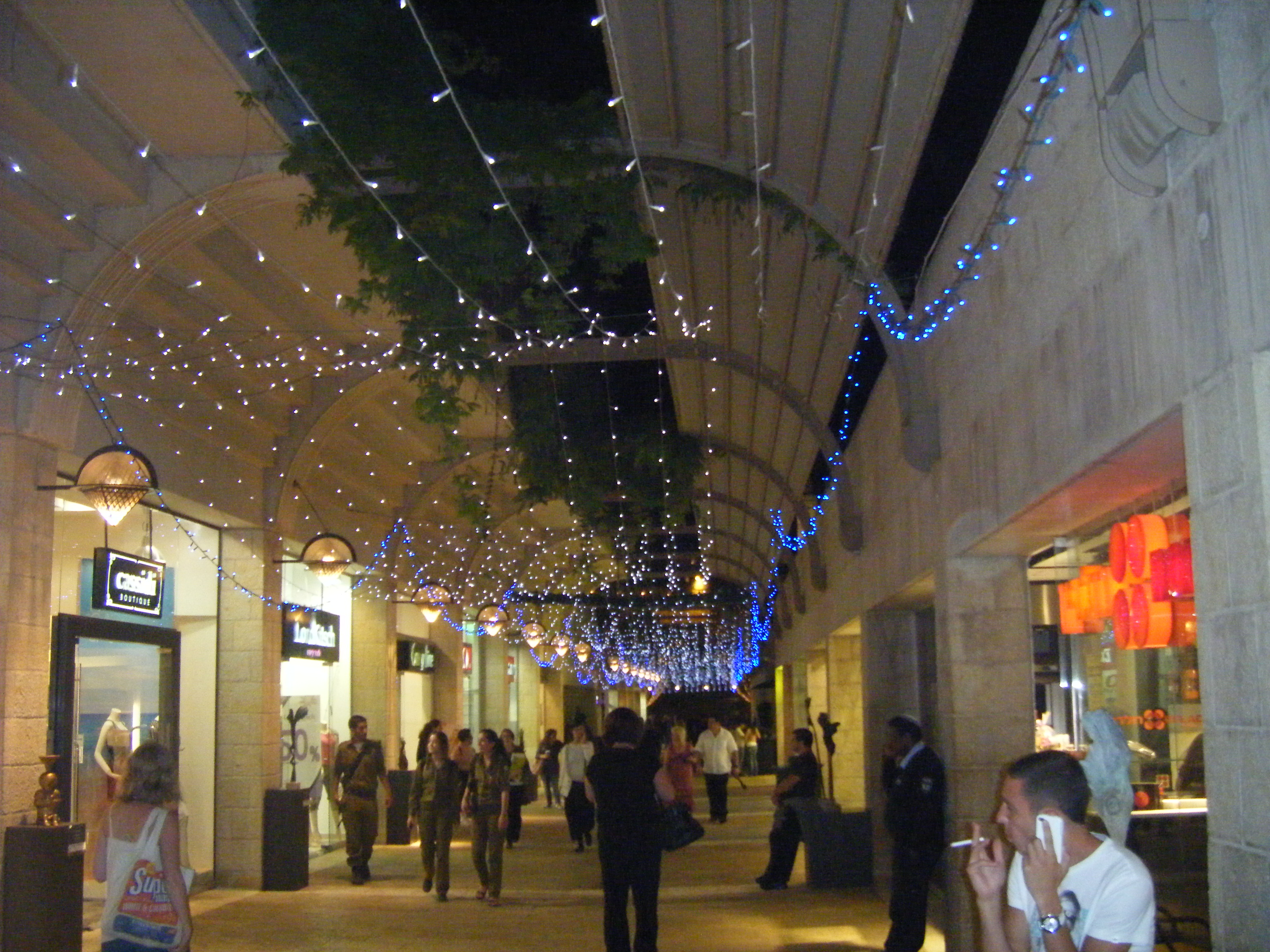 Worth Avenue Roladin Mamilla Mall Jerusalem Review