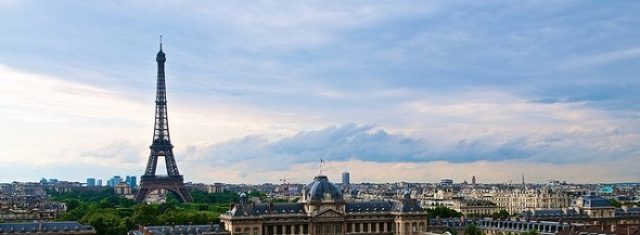eiffel-tower-paris-france-panoramic-photo-2