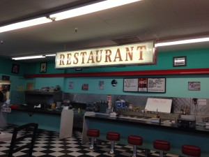 huntridge-soda-fountain-kosher-vegas-inside