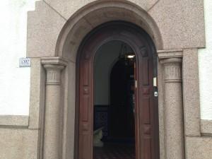 Entrance-Kos-Kafe-Chabad-Jabad-Montevideo-Uruguay-kosher.jpg
