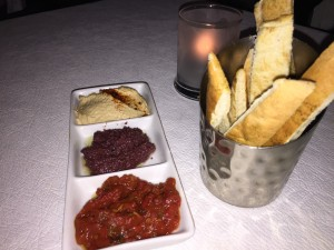 surf-room-long-beach-hotel-ny-kosher-mezze1