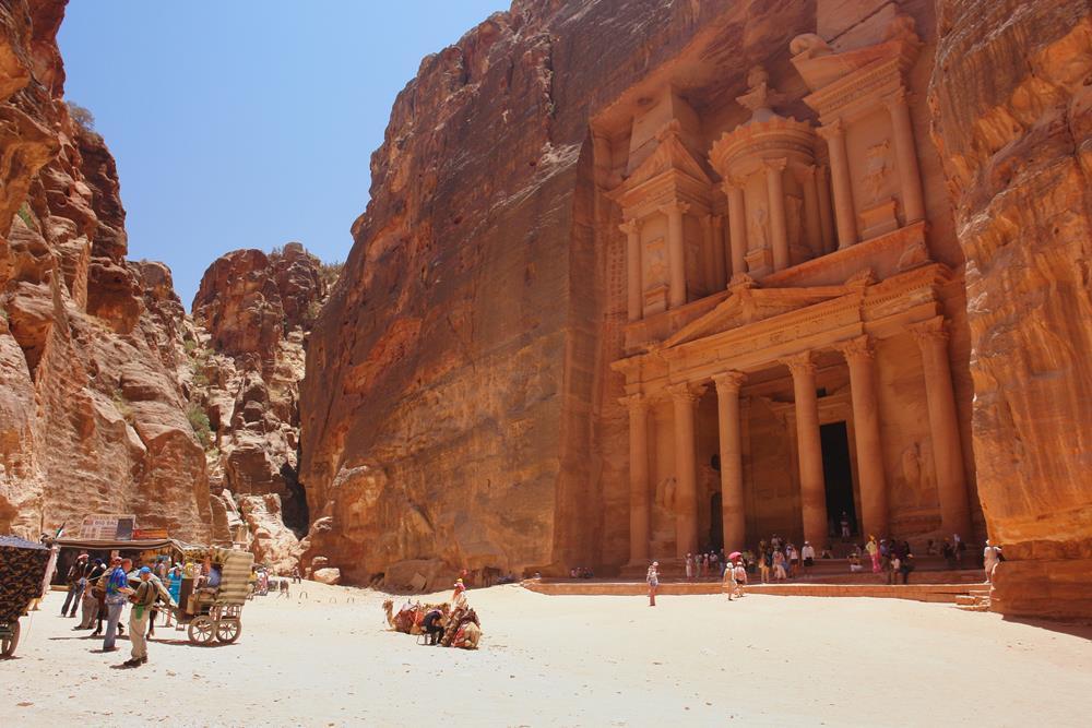 reloj Catedral entrar  Kosher Travel to Petra, Jordan from Israel – YeahThatsKosher ...
