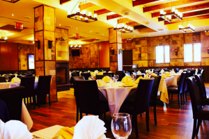 Riverdale-K-Grillhouse-kosher-restaurant-interior