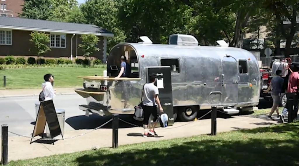Aryehs-Kitchen-kosher-food-truck-Airstream-Nashville