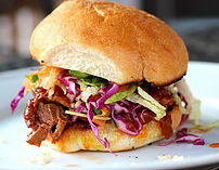 pulled-brisket-sanwich-brooklyn-sandwich-co-kosher-truck-dc