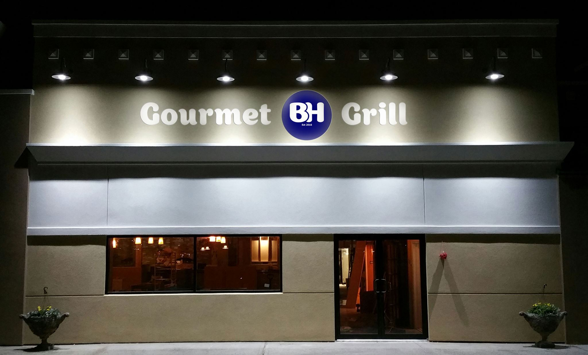 Http Yeahthatskosher Wp Content Uploads 2016 The Trend Of Kosher Sports Restaurants Bars