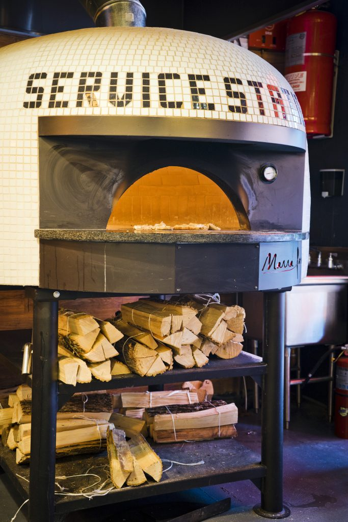 prime-Service-Station-UES-nyc-pizza-oven