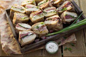 kosher-deli-sarona-deli-fleishman-meat-sandwhiches
