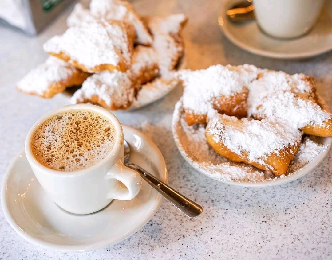 New Orleans Restaurants Cafe Du Monde