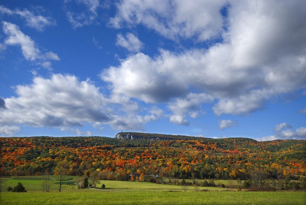 Fall & Spring Activities + Kosher Day Trips in the Tristate (NY/NJ