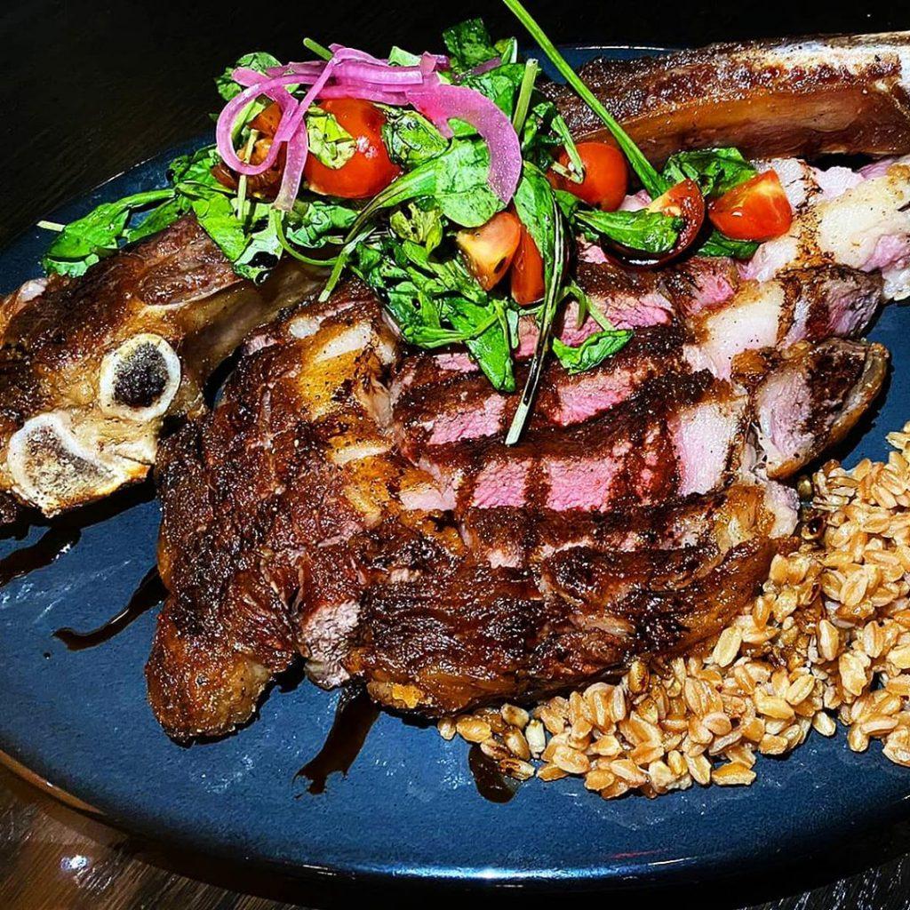 tomahawk steake