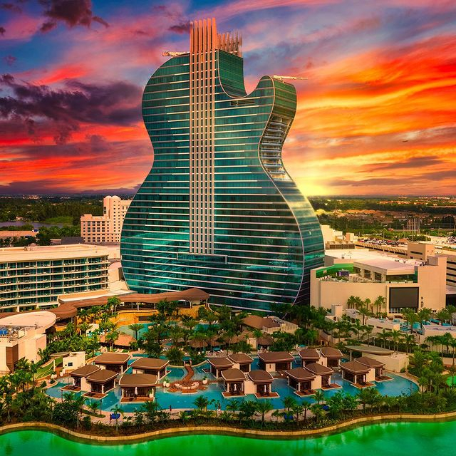 the exterior of the hard rock hotel in hollywood at Sunset